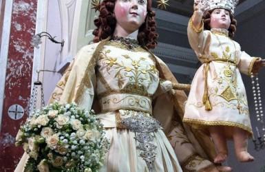Il culto della 'Beata Vergine del Rosario' nel Cilento, i simulacri mariani: 'Madonne da vestire' e antichi rituali