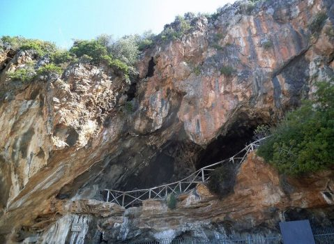 """Marina di Camerota (SA), aperta ufficialmente la """"Grotta della Cala"""""""