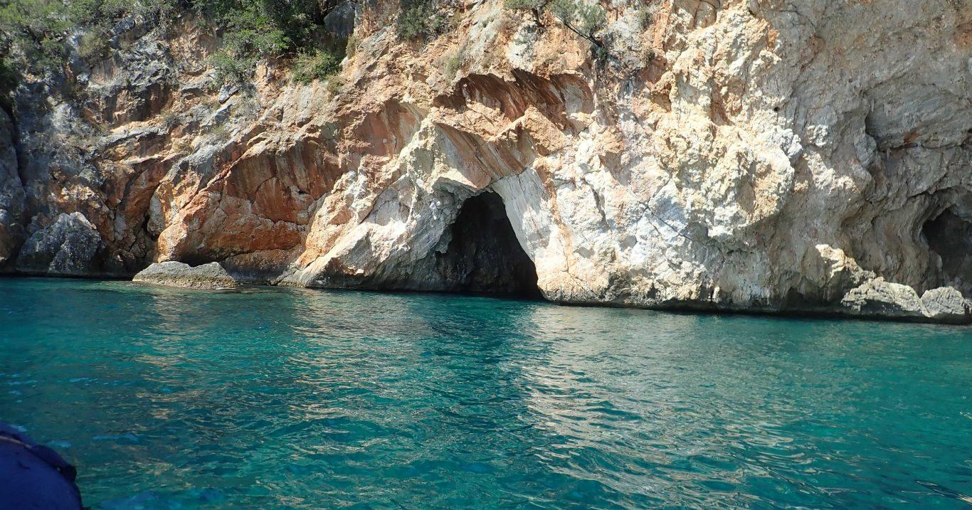 Marina di Camerota (SA), le grotte della Campania e il Cilento al centro delle speleologie del Mediterraneo con SpeleoKamaraton2021