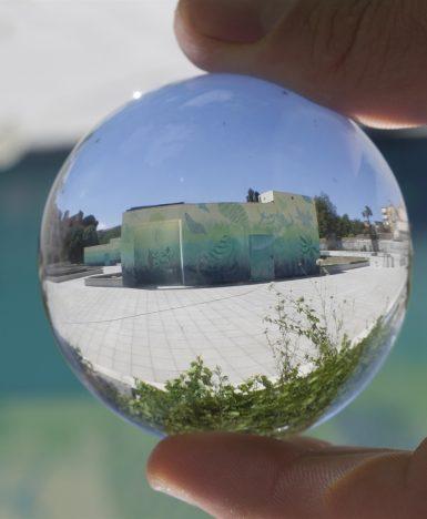 """Caserta, lo street-artista Gola Hundun realizza """"Venti e Correnti"""": un intervento nell'area del nuovo garage che sarà inaugurato a Via San Carlo"""
