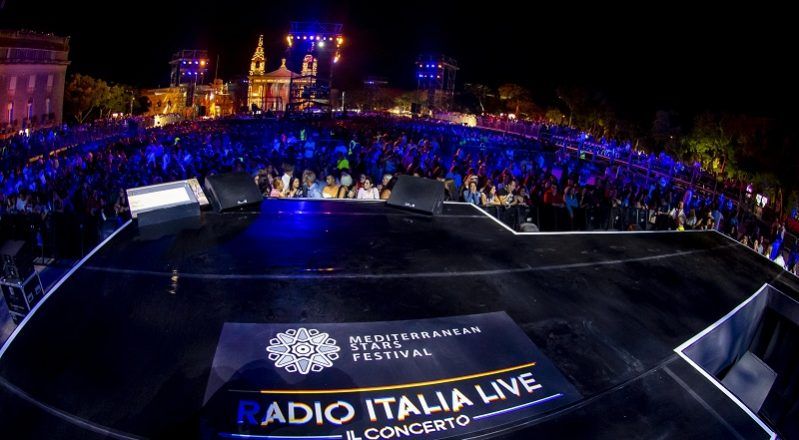 RILIVE – Le emozioni del concerto di Radio Italia a Malta (VIDEO)