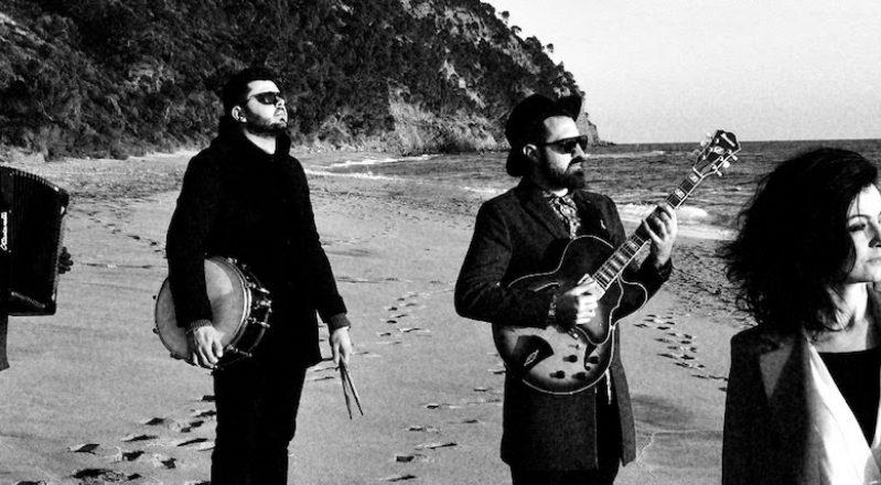 """Vio.la: la band cilentana torna con un nuovo brano registrato a distanza: """"E la musica va"""" di Eduardo De Crescenzo"""